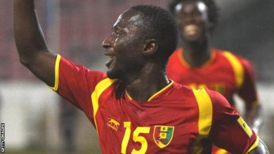 صورة رغم الإصابة.. زميل صلاح على رأس قائمة غينيا استعدادا لكأس الأمم الأفريقية