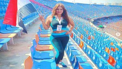 """صورة سما المصري تظهر بـ""""الهوت شورت""""في إستاد القاهرة لحضور مباراة مصر وجنوب إفريقيا"""