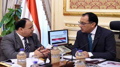 صورة رئيس الوزراء يستعرض مع وزير المالية خطوات تحقيق خطة طموحة في موازنة هذا العام