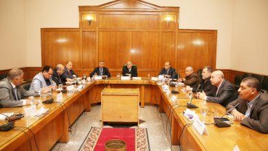 صورة وزير الري يبحث الاستعدادات لفترة الإجازات والأعياد مع القيادات التنفيذية للوزارة