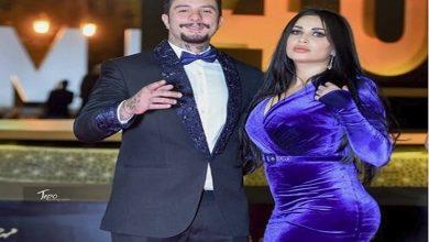 صورة بعد صدور حكم بحبسه..الفيشاوي ينشر صورة جديدة برفقة زوجته على متن الطائرة