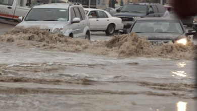 """صورة طرق التواصل مع مبادرة """"صوتك مسموع"""" لتقديم شكاوى الأمطار"""