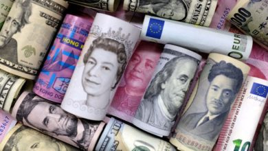 صورة سعر صرف العملات العربية والأجنبية في البنك الأهلي المصري اليوم الأربعاء 10/2/2021