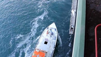 صورة تعرف على تفاصيل غرق لنش أهالي بقناة السويس.. وانتشال جثة